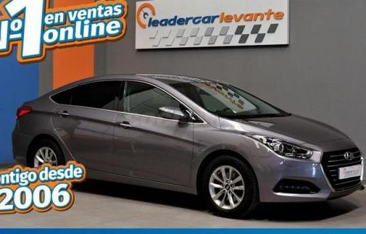Hyundai i40 cw 1.7 crdi 115cv bluedrive tecno sky