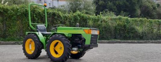 Tractor ferrari 95