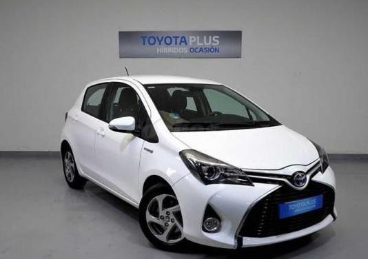 Toyota yaris 1.5 hybrid active 5p.