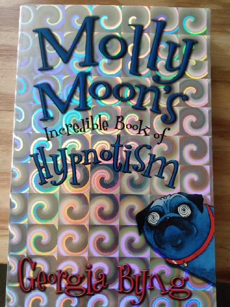 """Colección """"molly moon"""" en inglés"""