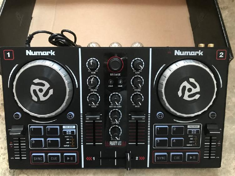 Mesa de dj numark party mix