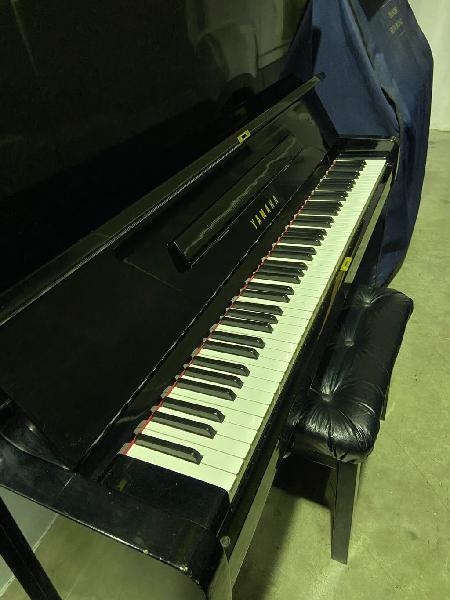 Piano yamaha u2. (incluido transporte)