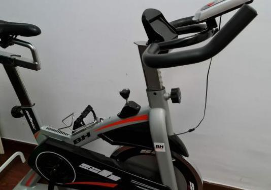 Bicicleta estática y spinning bh