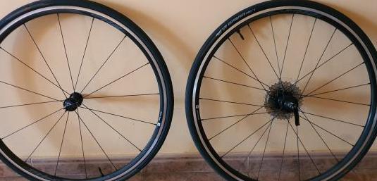 Juego ruedas y cubiertas giant pr2