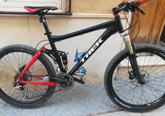 Mountain bike e-trek fuel