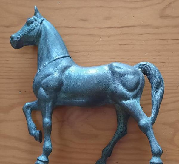Caballo de bronce 1, 19 x 25 cm, 1,250 kg