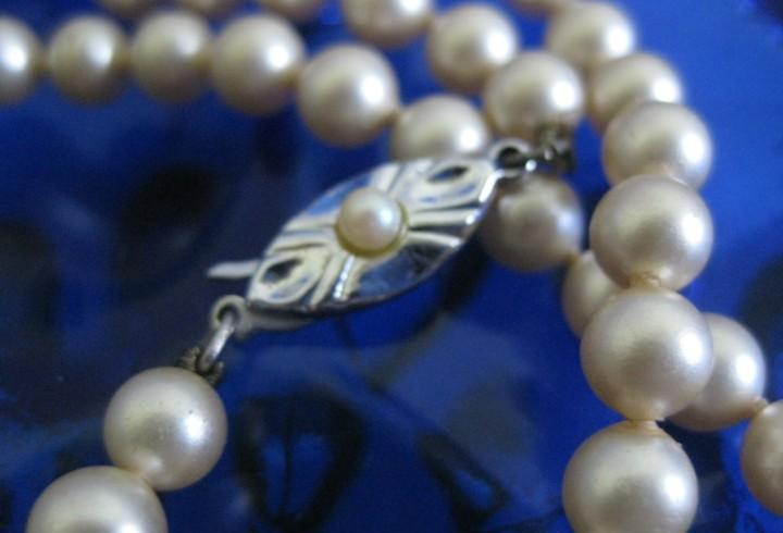 Largo collar de perlas tipo majorica vintage retro