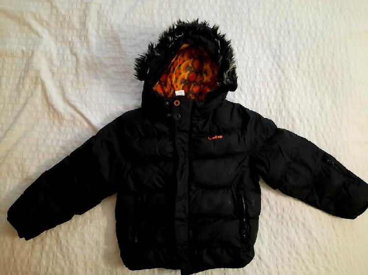 Abrigo negro para niño ó niña tipo plumas