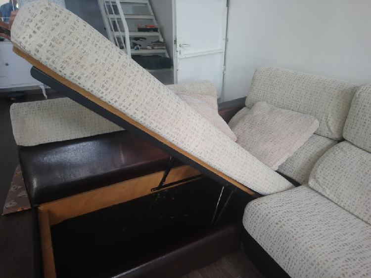 Cómodo sofá cama cheiselong
