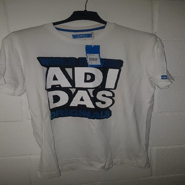 Camiseta adidas color blanco
