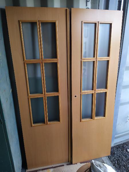 Doble puerta acristalada en haya