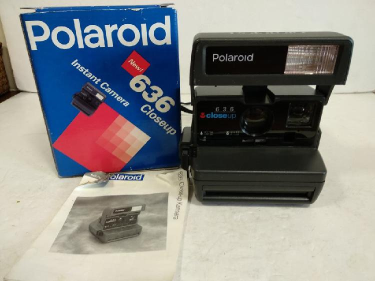 Polaroid 636 close up.año 1996.funciona, con caja