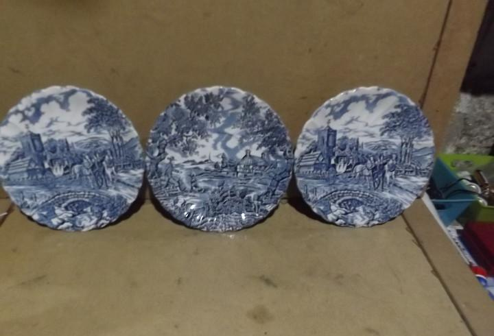 3 platos de porcelana inglesa 2 myott royal mail + 1 the