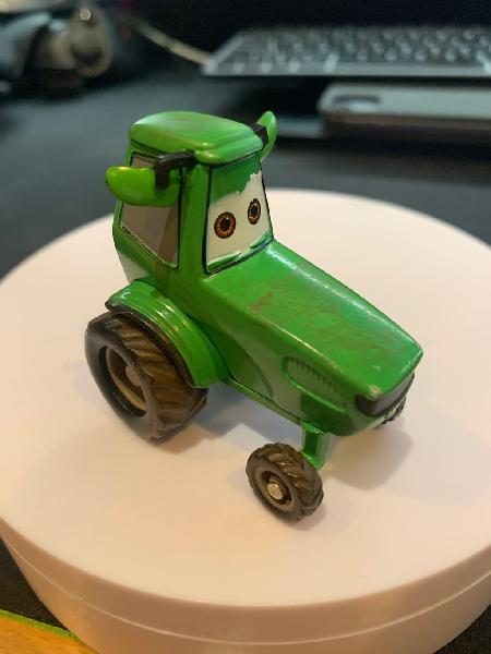 Cars - tractor disney pixar
