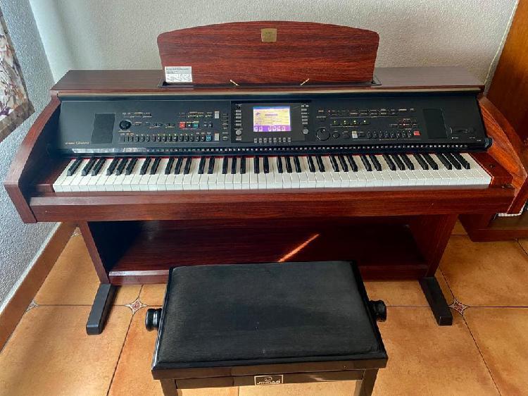 Piano yamaha clavinova cvp-303m