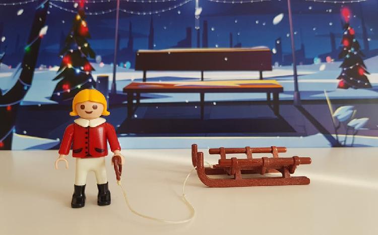 Playmobil niño con trineo