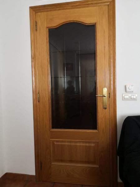 3 puertas de roble con cristal biselado completas