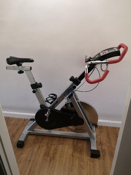 Bicicleta spinning kettler