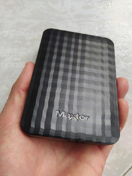 Disco duro externo hdd maxtor 1tb usb 3.0 portátil