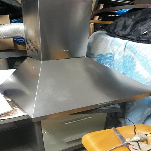 Campana extractora de acero inoxidable