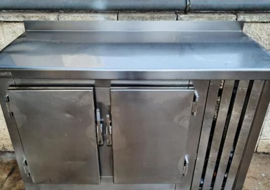 Alto mostrador nevera inox 150 cm