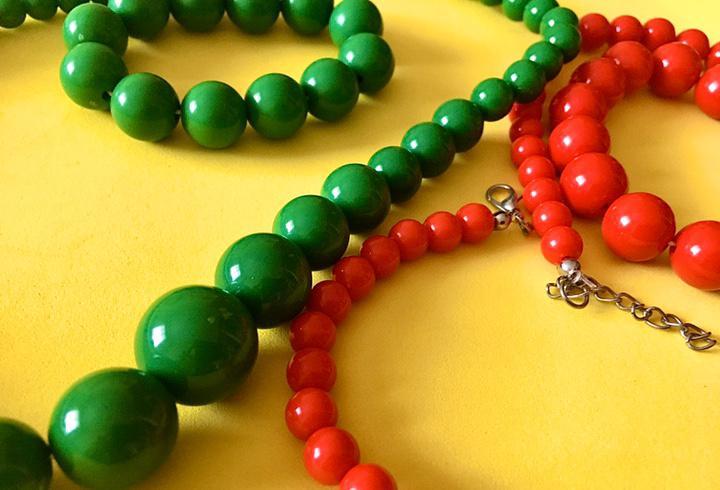 Collar de perlas con pulsera