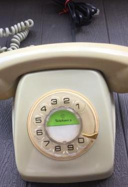 Telefono modelo heraldo