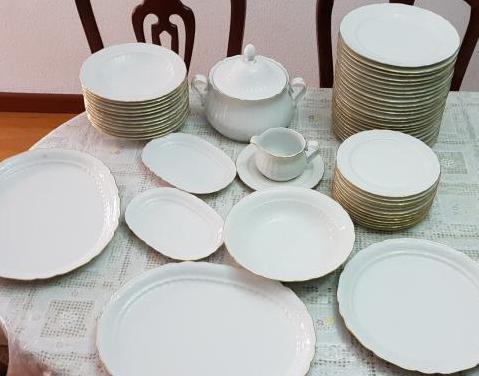 Vajilla de loza de porcelana
