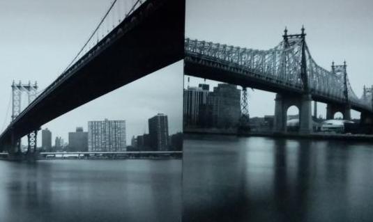 Dos láminas fotos de puentes sobre madera