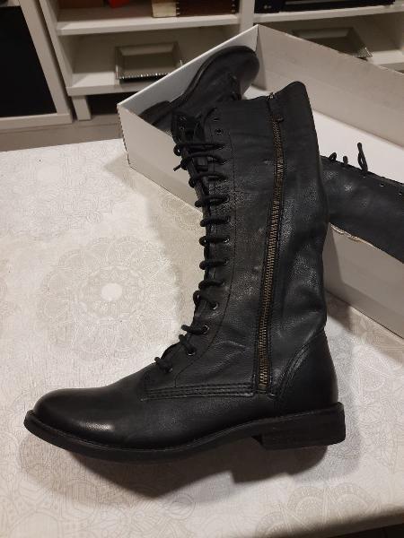99,90€/25€ botas altas negras cordones