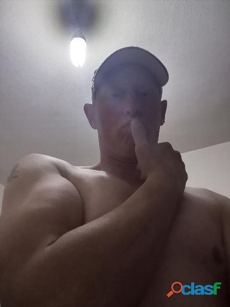 Busco mujer que quiera sexo gratis en Mazaneque