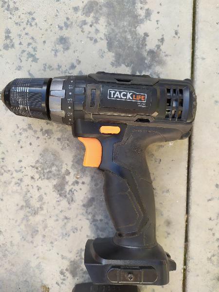Taladro - atornillador a bateria