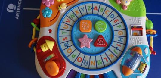 Juguetes infantiles con sonidos y juegos