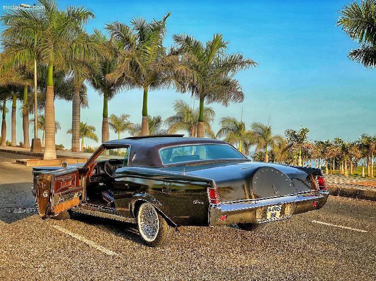Lincoln continental markiii