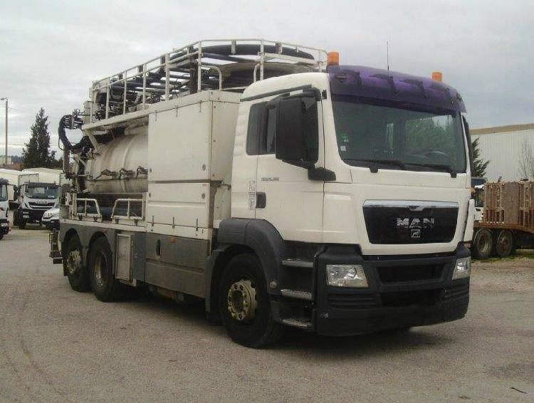 Man 26.360 vacuum pump truck (volvo