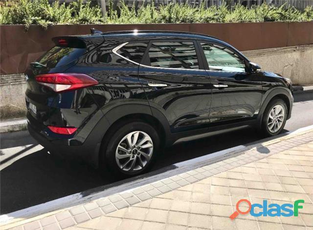 Hyundai Tucson 1.7CRDI 4x4 Tecno Sky 4