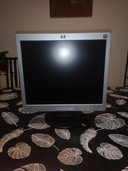 """Monitor de pantalla plana ordenador 17"""""""