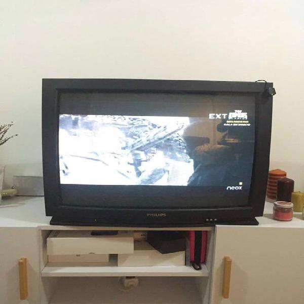 Tv phillips antigua, funciona correctamente