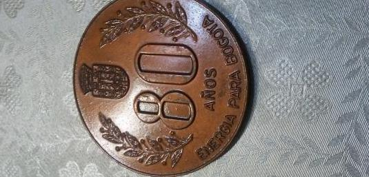 Medalla 80 aniv.electrica bogota
