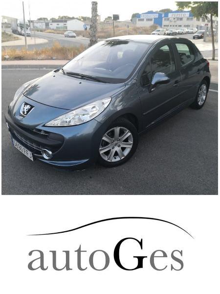 Peugeot 207 - garantía y cambio de nombre incluido