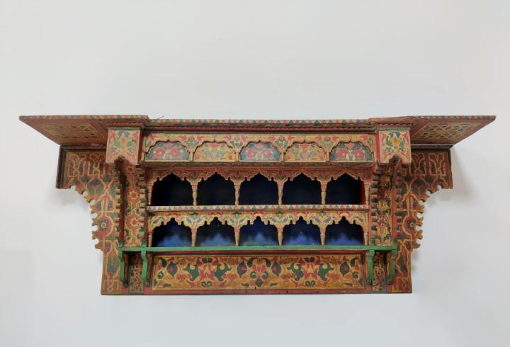 Gran estantería Marroquí policromada, Marruecos S.XX
