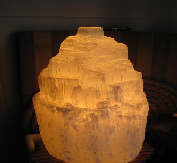 Lampara de sal del himalaya (buena energia) altura 22 cmts