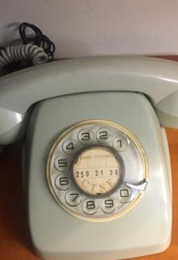 Telefono heraldo de sobremesa