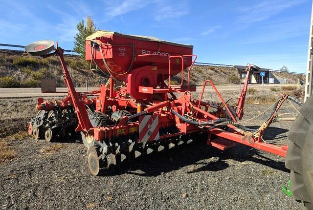 Venta de sembradora de siembra directa kuhn sd 4000 en