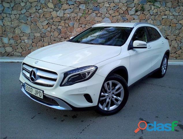 Mercedes benz gla 200 d urban 7g dct
