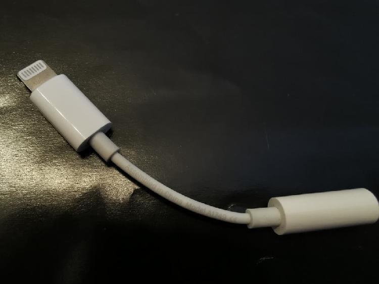 Apple adaptador lightning a auriculares a1749
