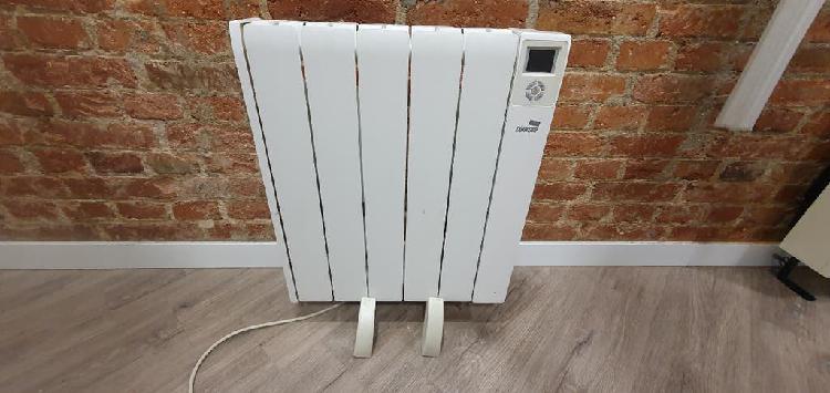Emisor térmico de fluido cointra siena 750w