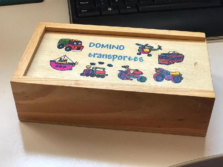Juego madera en caja