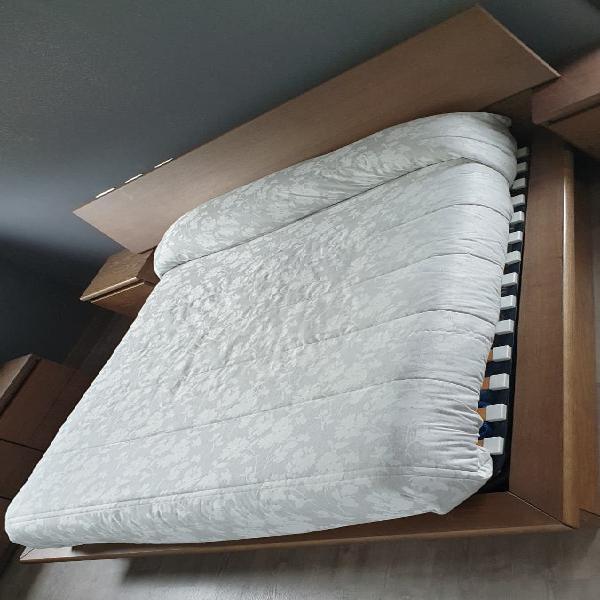 Compacto cama abatible y cabecero