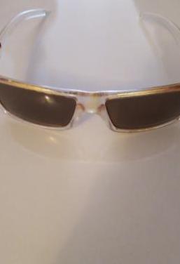 2 pares de gafas de sol 8 las 2